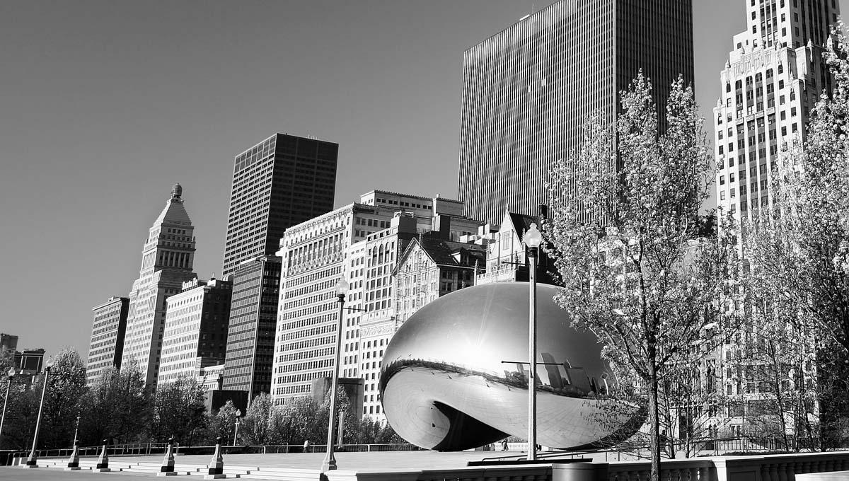 Cloudgate in the spring, Chicago's Millennium Park