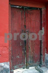 Door off the beaten path in the Summer Palace