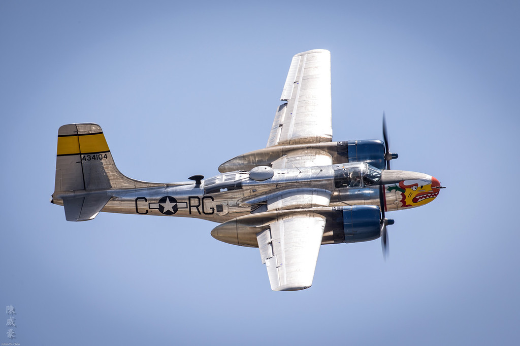 IMAGE: https://photos.smugmug.com/Photography/Chino-Airshow-2016/i-Qq89d75/0/XL/20160501-Canon%20EOS-1D%20X-1DX_2764-XL.jpg