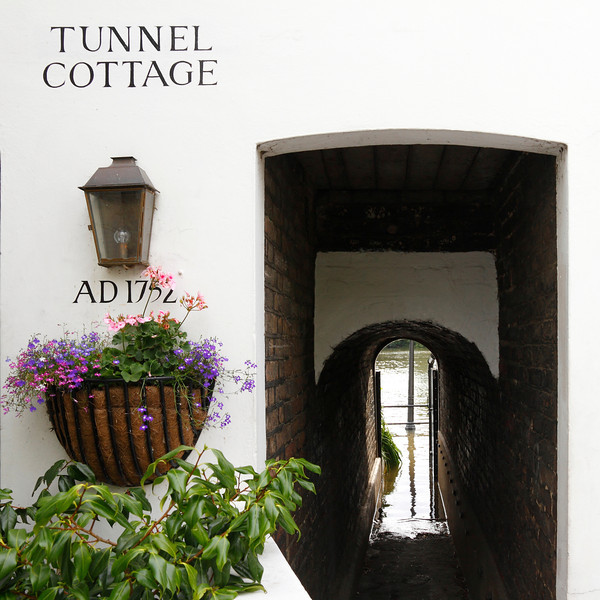 Tunnel Cottage