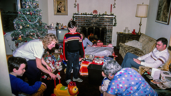 Christmas at the Brown's - 1986