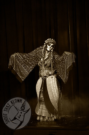 Kat Ribauchon Misfit cabaret