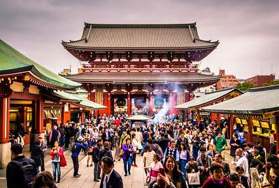 Senso-ji  Tokyo, Japan