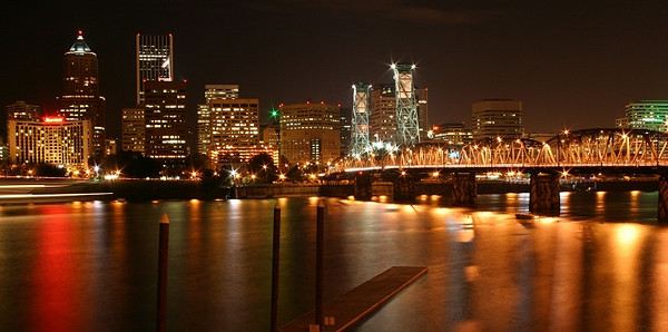 Portland at Night <br /> <br /> View from OMSI east side of the Willamette river