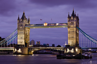 Tower Bridge. London.