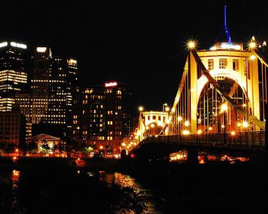 Pittsburgh's Roberto Clemente bridge at night - color