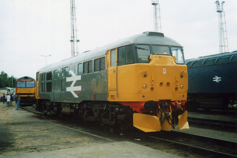 31108, Old Oak Common. August 2000.