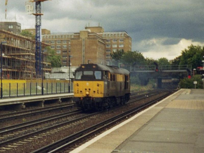 31233, Kensington Olympia. August 1998.