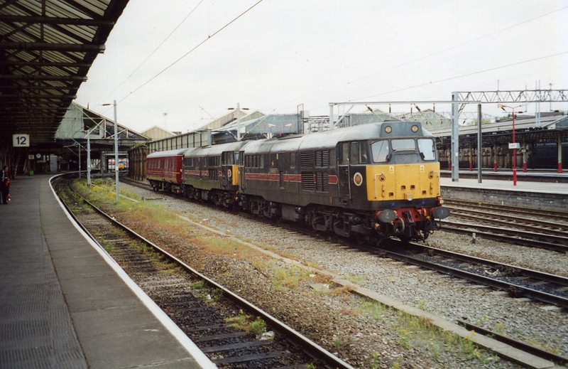 31602 and 31452, Crewe. May 2002.