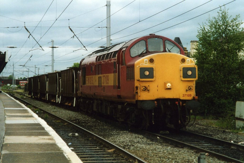 37109, Warrington. June 2000.