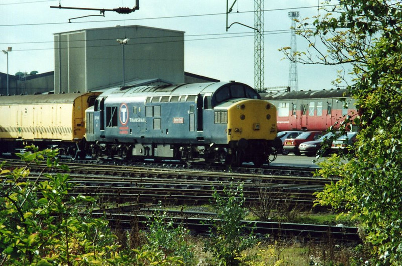 37116 Crewe DMD. September 2001.