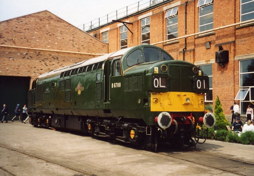 D6700 on display at the Crewe Works open day. May 2003.