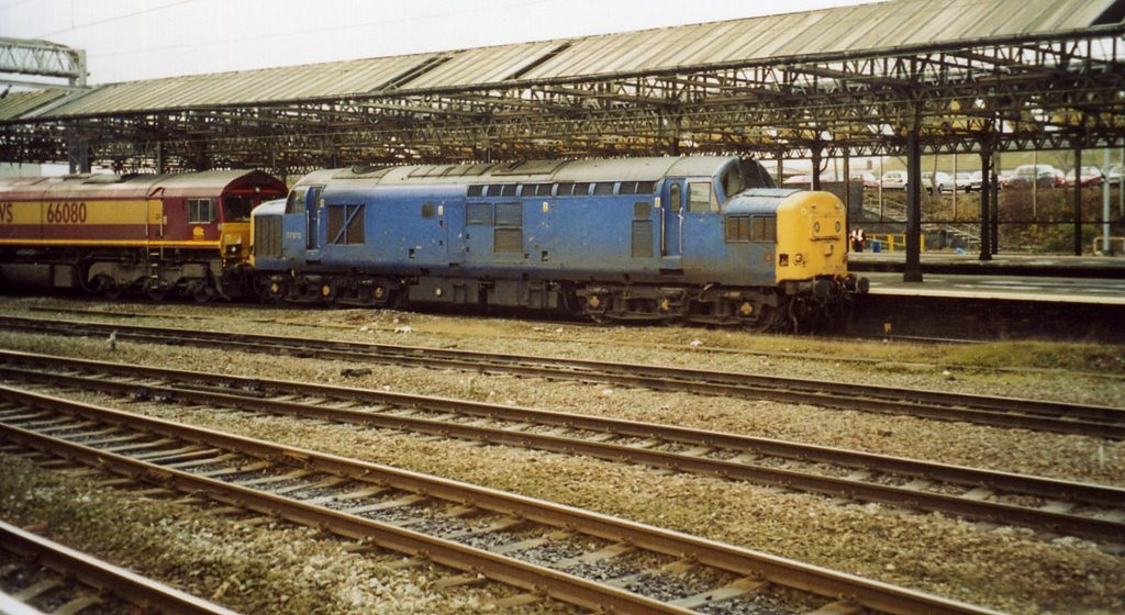 37375, Crewe. November 2003.