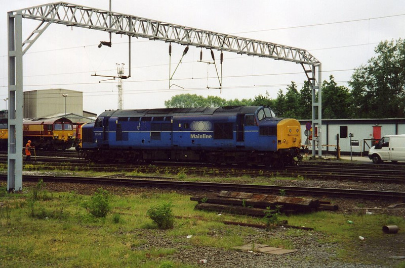 37203, Crewe DMD. May 2003.