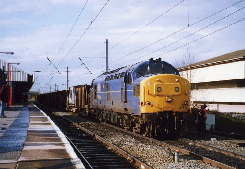 37219, Warrington. April 2000.