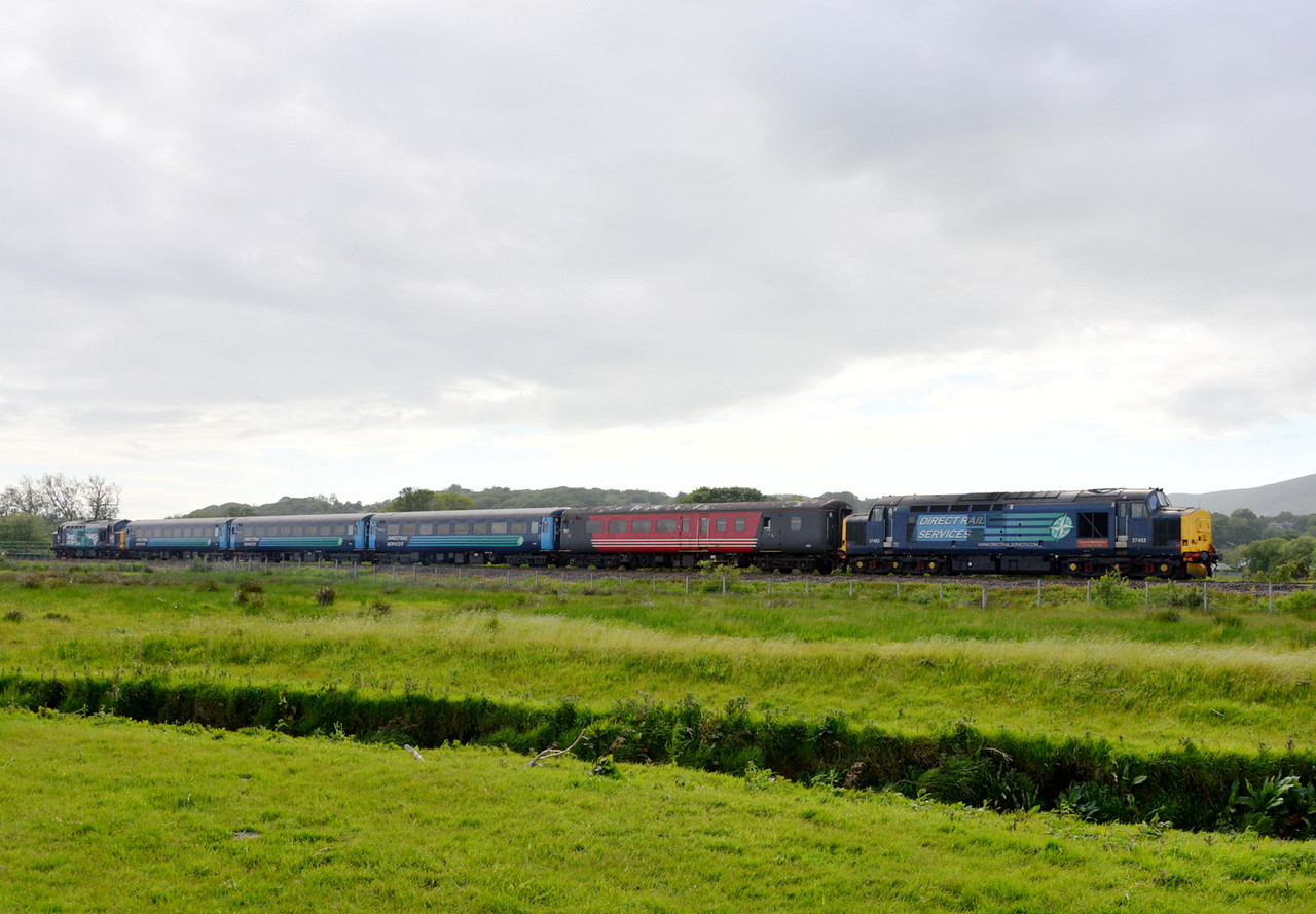 37402 and 37609, Green Road. 06/06/15.