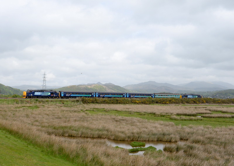 37409 and 37419, Lady Hall. 21/05/15.