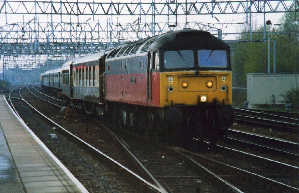47575, Crewe. April 2000.