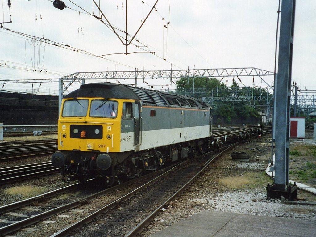 47287, Crewe. June 2002.