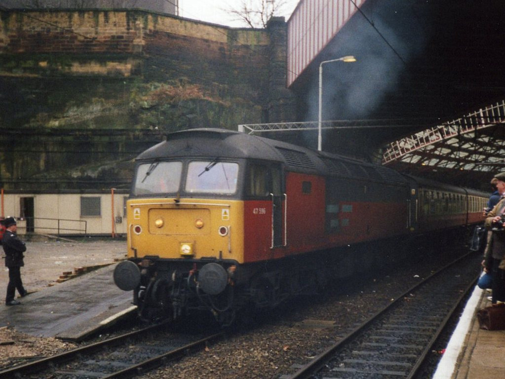 47596, Liverpool Lime Street. January 1999.