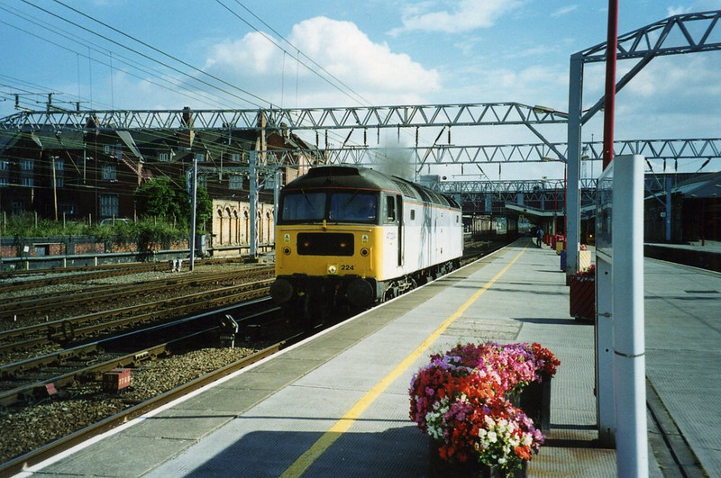 47224, Crewe. August 2002.