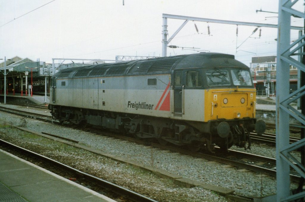 47296, Crewe. October 2000.