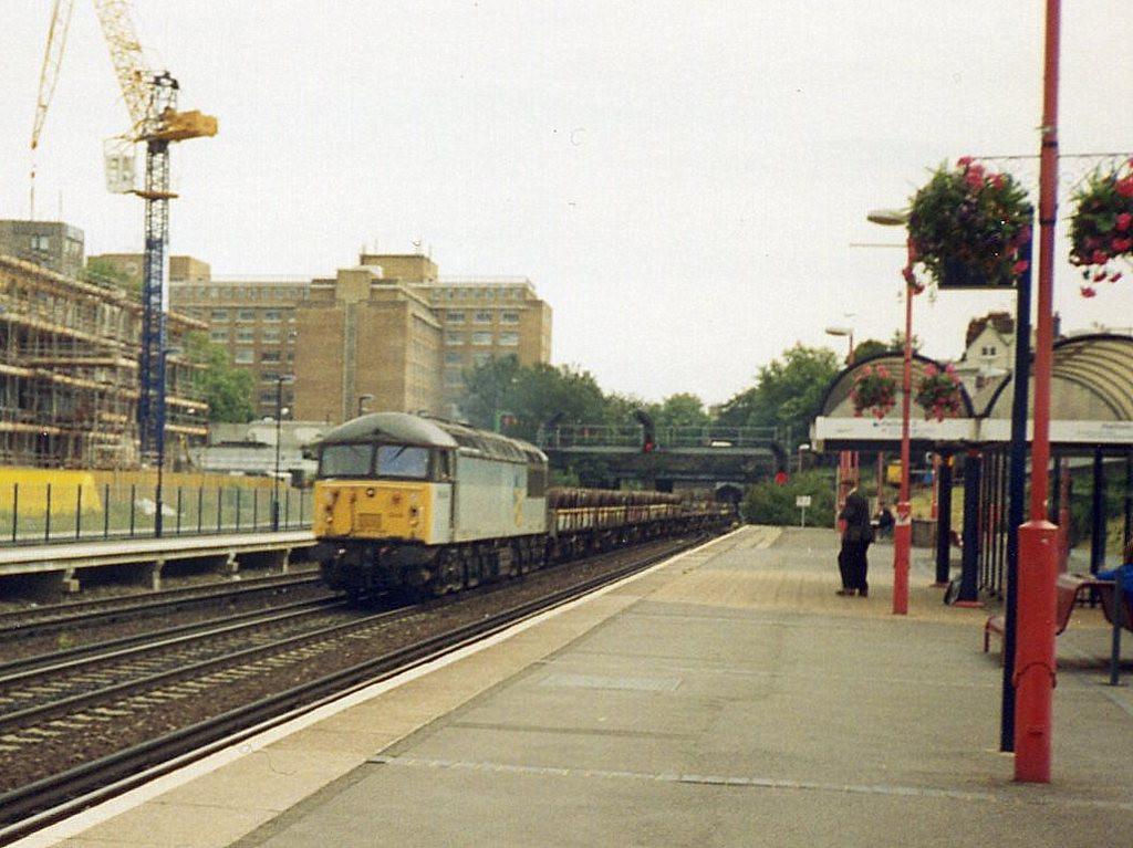 56043, Kensington Olympia. August 1998.