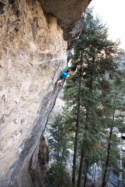 Climbing_American Fork Canyon_Utah_photo by Gabe DeWitt_November 02, 2013-20