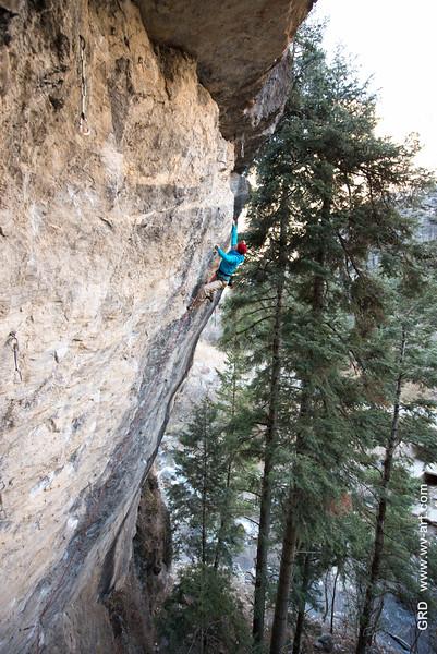 Climbing_American Fork Canyon_Utah_photo by Gabe DeWitt_November 02, 2013-25