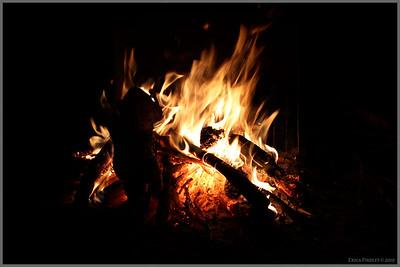 I love a good campfire!