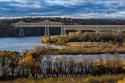1610_Hudson RVW Bridge, Olana from orchard_034