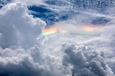 Cloud irridescence