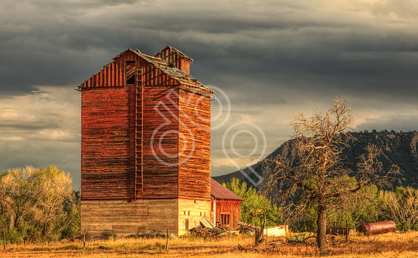Colorado Barn at Sunset