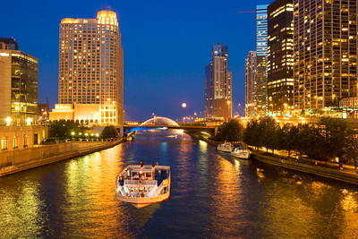 Chicago river and Centennial Fountain