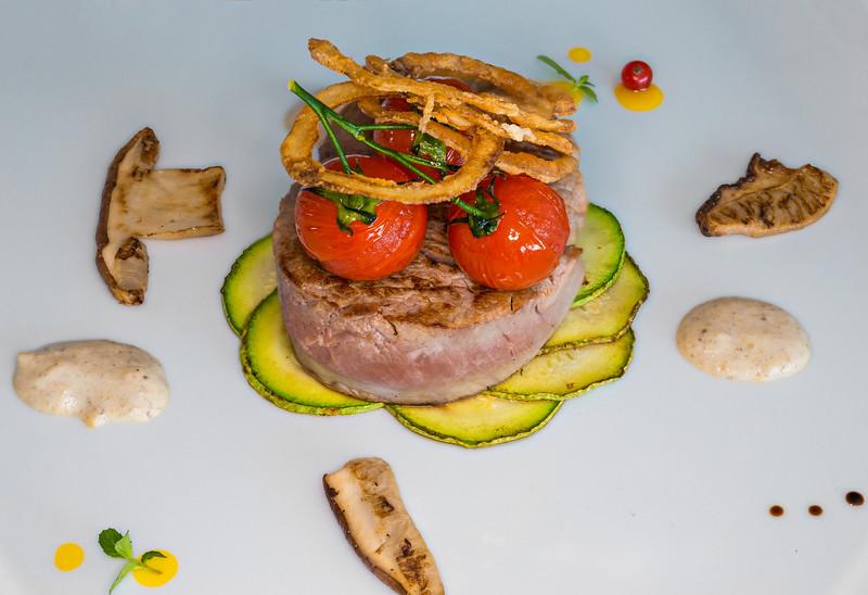Food: Restaurant & Lounge bar Integra