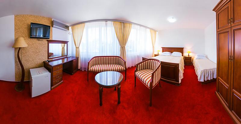 Hotel San, Laktasi
