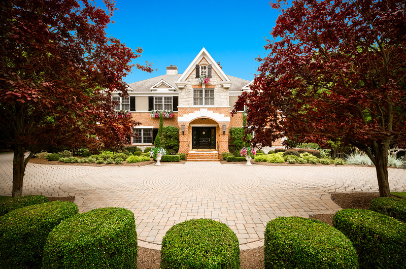 Residential Exterior Real Estate Photography Kienlen Lattmann Sotheby's International Realty in Bernadsville, New Jersey
