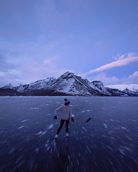 Bluehour Lake Skates