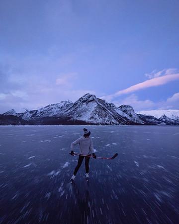 Bluehour Lake Skates