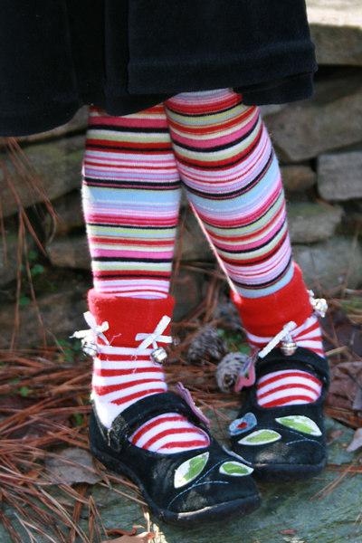 Darcy Lewandowski: Holiday Tights and Socks [20070211 competition]