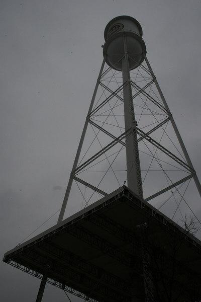 Darcy Lewandowski: Lucky Strike Water Tower [20070211 competition]