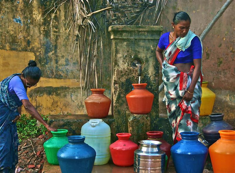 Laura Dunne: Morning ritual, Tharangambadi, India [20110220 competition]
