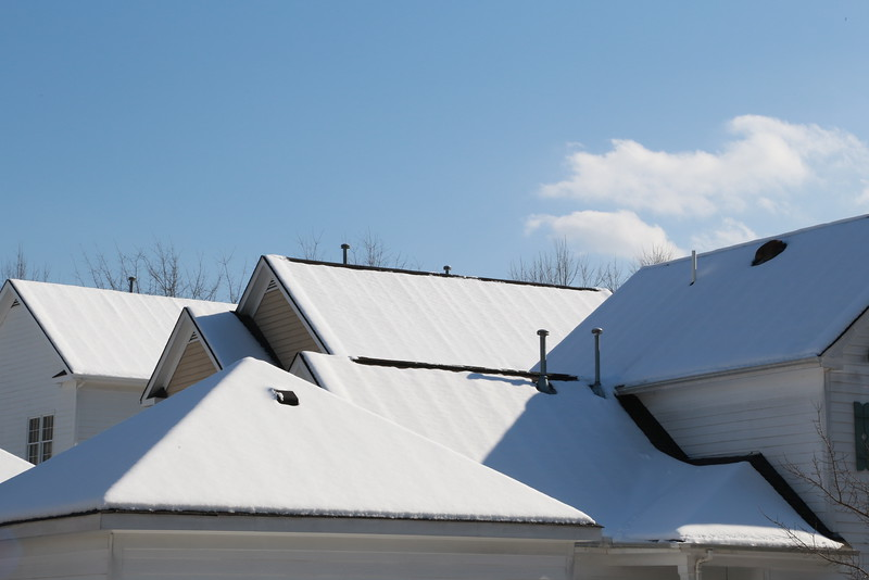 Snow:Rooftops