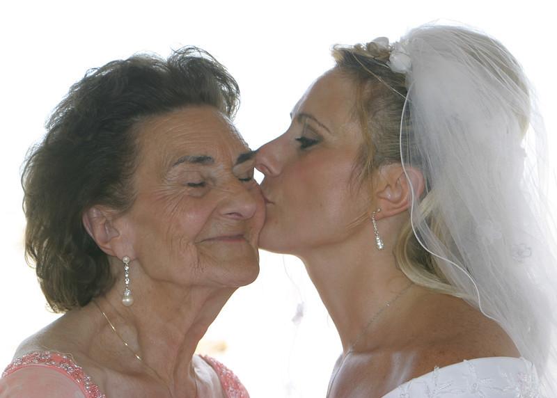{4th prize winner} 20111030 'Love' - Jerri Greenberg: My First Love