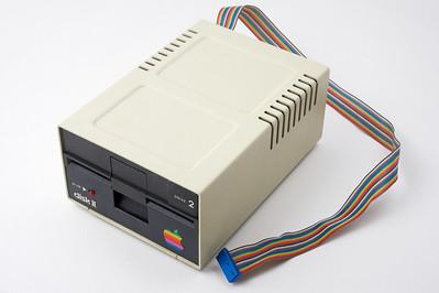 Apple ][ pictures. Apple original floppy drive (DISK ][, 1978).