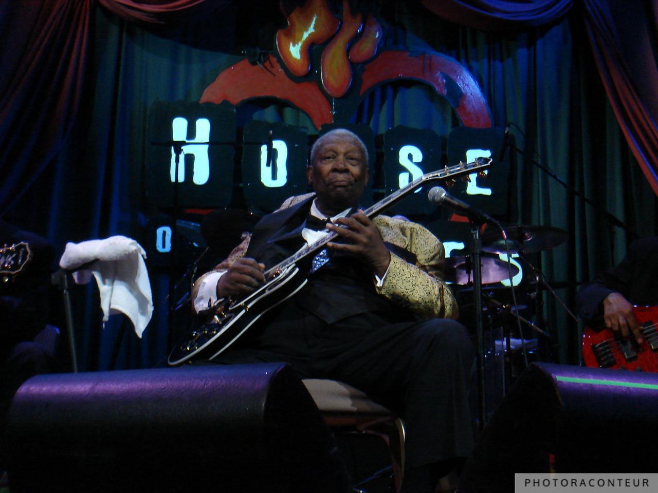 B.B. King performing at the House of Blues in Las Vegas, May 2009  (Photo by Benjamin Padgett)