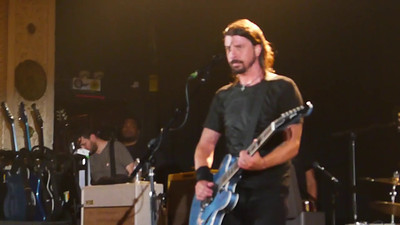 Video Clip - Dave Grohl talking about Metro & Chicago