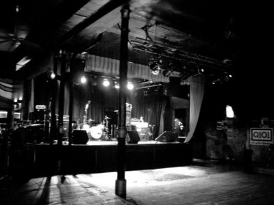 Before the Taylor Hawkins & The Coattail Riders show at the Double Door in Chicago