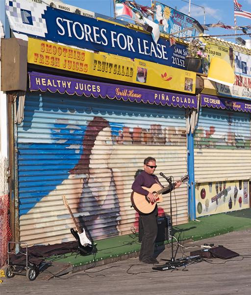 Guitar Man. Leica M8 CV40, 1.4