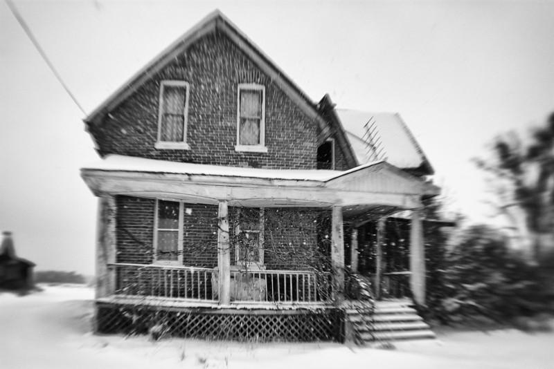 Abandoned farmhouse, Echo Bay Ontario